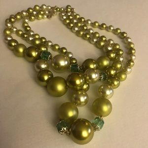 Green/chartreuse Vintage Necklace